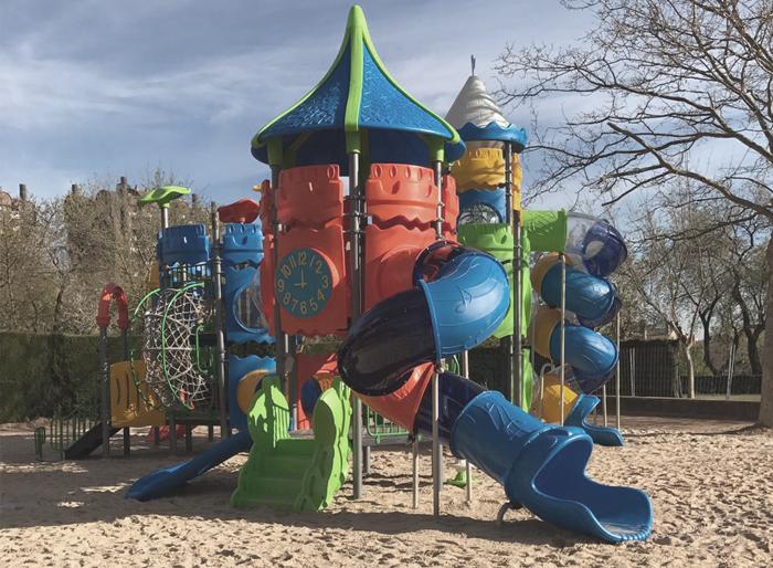 lignum urbe parques infantiles 01